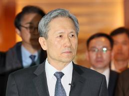 김관진 국가안보실장, 맥마스터 보좌관과 통화