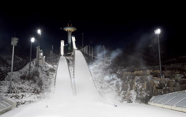 평창올림픽 스키점프 경기가 열리는 알펜시아 스키점프대의 모습. 사진=양동욱 기자