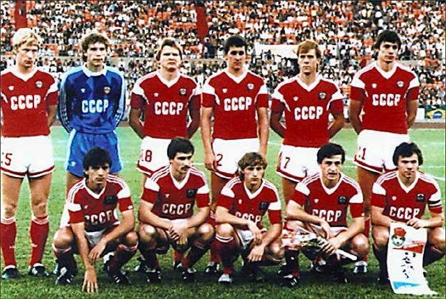1988년 서울올림픽 당시 소련 대표 선수단.  사진=러시아올림픽위원회 트위터