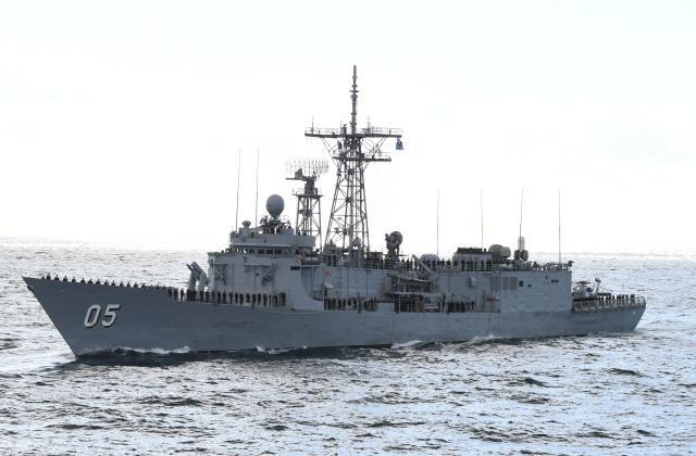 호주 해군의 호위함(FFG) 멜버른(Melbourne)함.