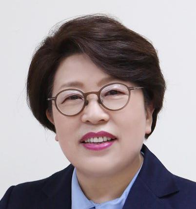 [김종희 한 주를 열며] 힘을 빼야 힘이 난다