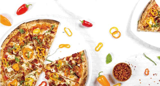 트럭에서 갓 구워 뜨끈뜨끈하게 배달까지 로봇이 만든 피자, 美 입맛 사로잡다