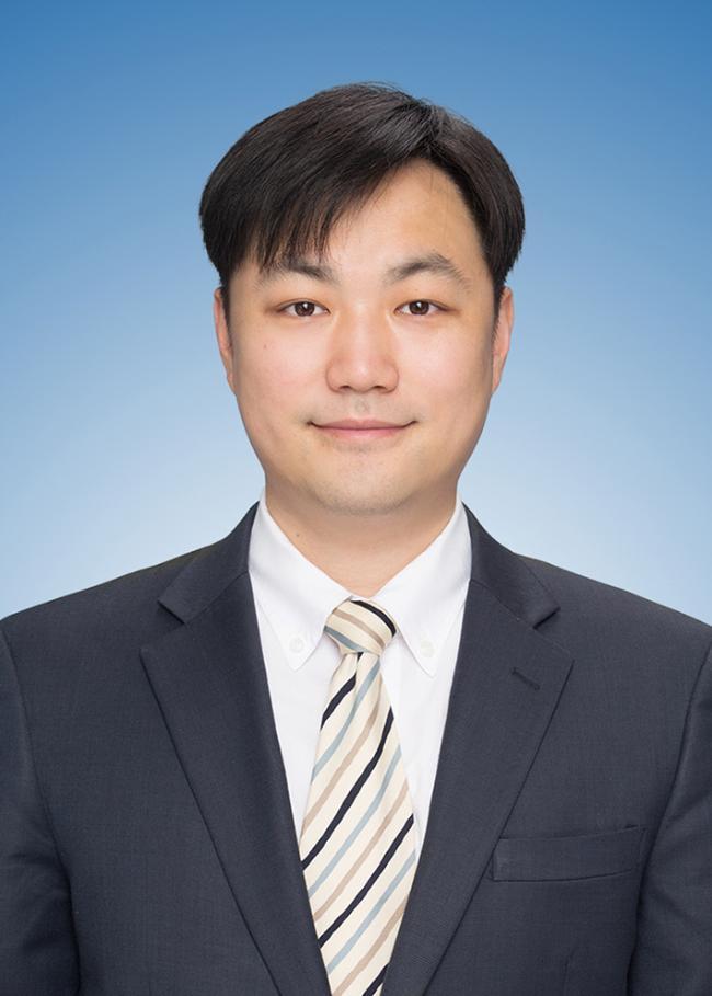 이 중 구  외교학 박사  한국국방연구원  안보전략연구센터