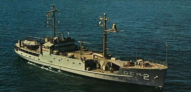 북한 해군에 의해 나포된 미 해군 푸에블로함.
