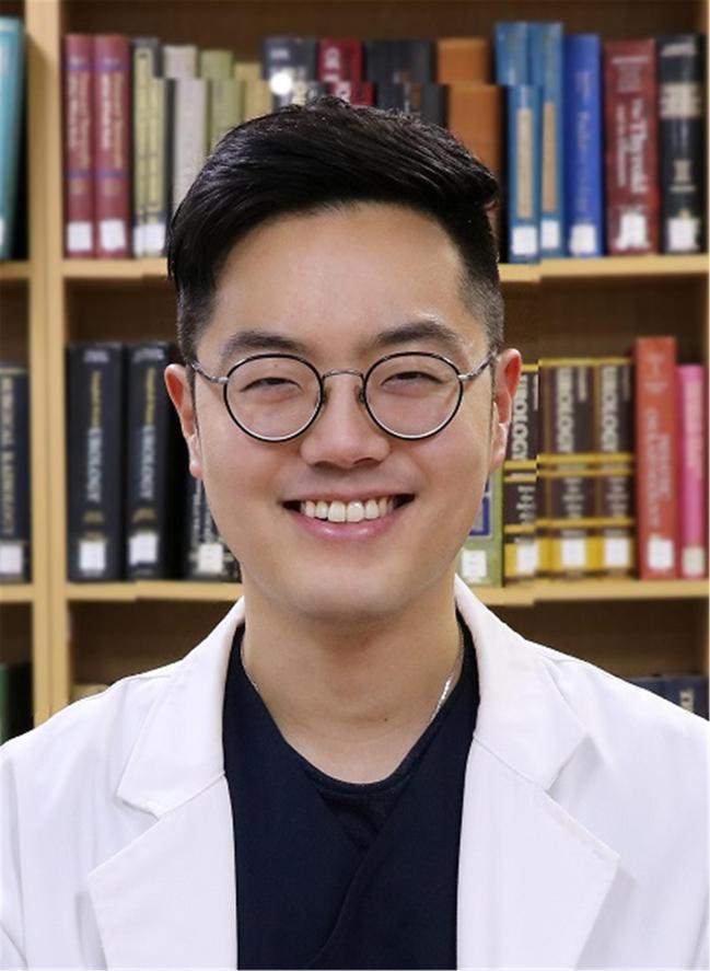 전대원 대위  국군수도병원  성형외과