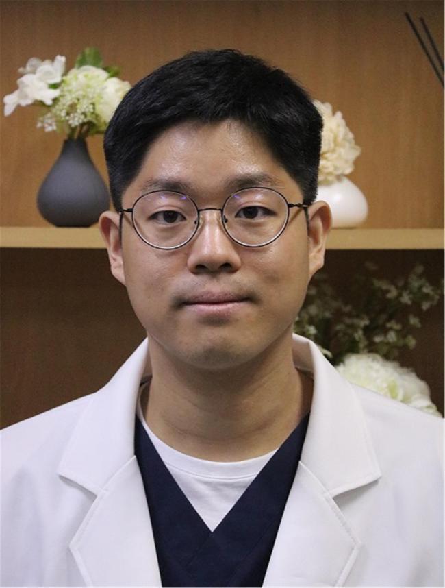 박대웅 대위 국군수도치과병원 치주과