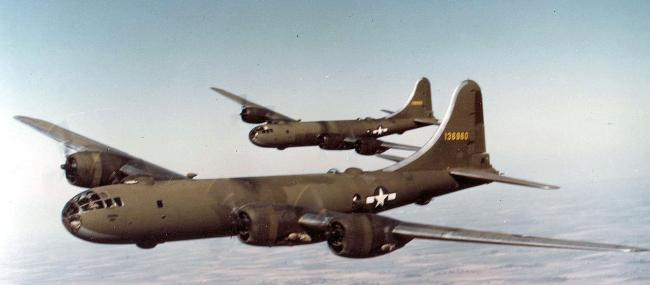 제2차 세계대전 시기 가장 큰 항공기로서 태평양전쟁에서 활약한 B-29 슈퍼포트리스. 사진 = www.af.mil (미 공군)