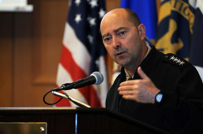 James Stavridis Retired Navy Adm. * 출처 : https://www.eucom.mil