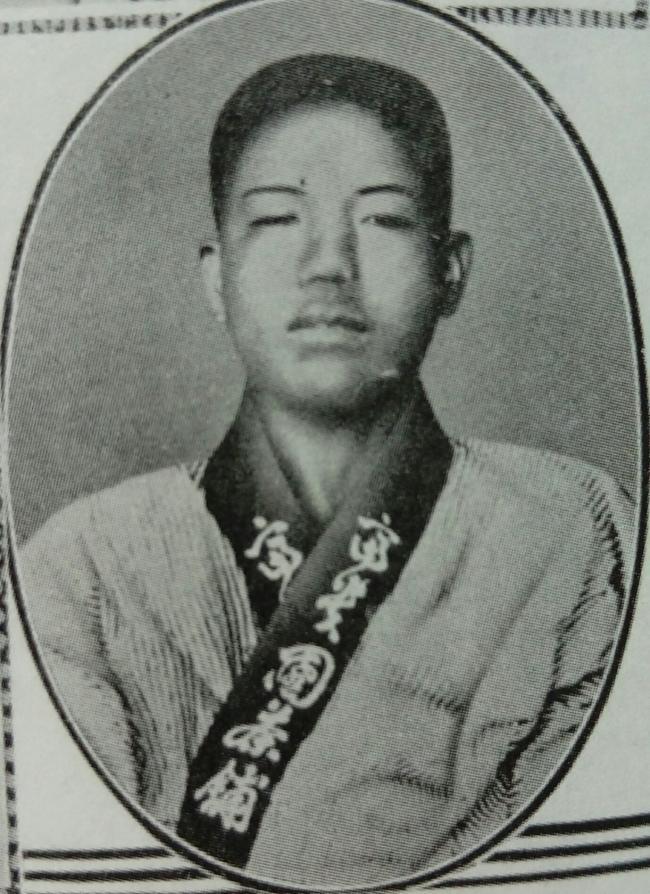 1928.5.14 의거 후 체포돼 구타당한 모습의 조명하 의사
