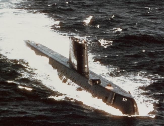 1955년 항해 중인 원자력잠수함 노틸러스. 미 해군 웹사이트
